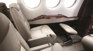 Private Business Flight with Beechcraft King Air 300