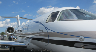 Aircraft Hawker 4000 Jet Flights