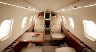Charter Jet Lear 40 Flight