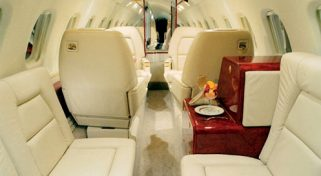 Private Jet Piaggio P180 Avanti II Flight